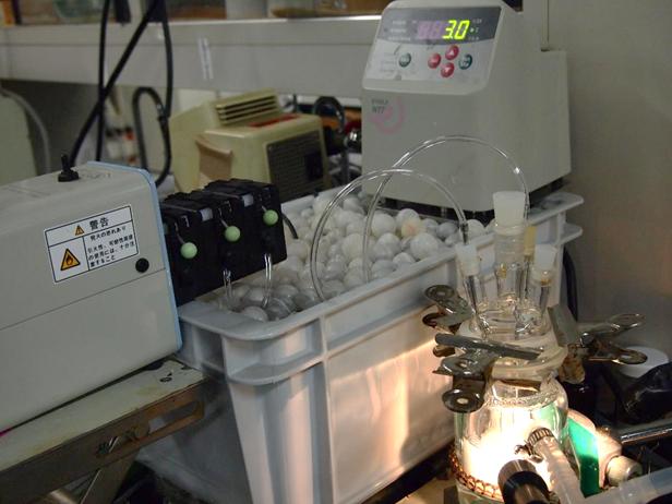 晶析の研究機器装置。