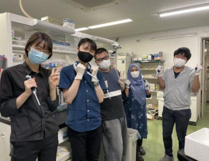 高専専攻科から、薬学系大学院への進学が可能!多様性を求める、東京大学大学院 薬学系研究科 秋光研究室とはのサムネイル画像