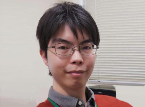 井上 優良氏の写真