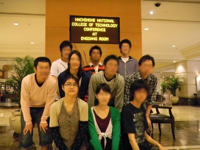語学研修でマレーシアに行った高専時代。